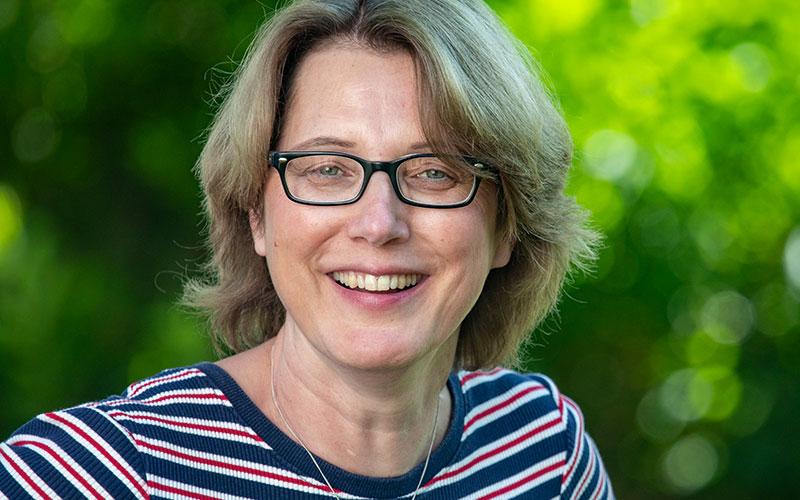 Elke Schierholz, Stellvertretende Pflegerische Leitung, Ehrenamtskoordinatorin